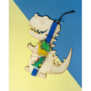 LifeLikes: Λαμπάδα με κρεμαστό διακοσμητικό Δεινόσαυρος 04.21.00.605.1805