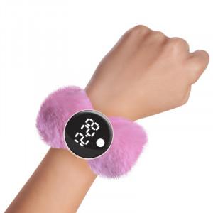 Watchitude: Ψηφιακό ρολόϊ τύπου σλαπ με λουράκι γουνάκι Pixie Pink WTD-192