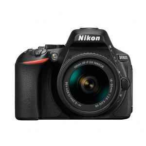 NIKON D5600 + AF-P 18-55 VR + SanDisk SD Extreme 16GB
