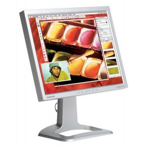 SAMSUNG used Οθόνη 213T LCD, 21 1600x1200px, VGA/DVI-D, SQ M-213T