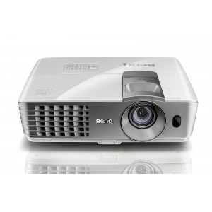 Projector Benq W1070+ (ΕΩΣ 12 ΑΤΟΚΕΣ ΔΟΣΕΙΣ)